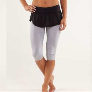 Lululemon Spin It To Win It Crop Grey/ Black